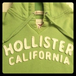 🕊 Hollister California Lime Green Pullover 💚